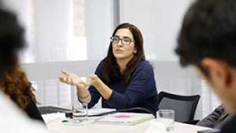 Seminario ICP aborda ¿Qué camino recorren las mujeres para llegar al Congreso?